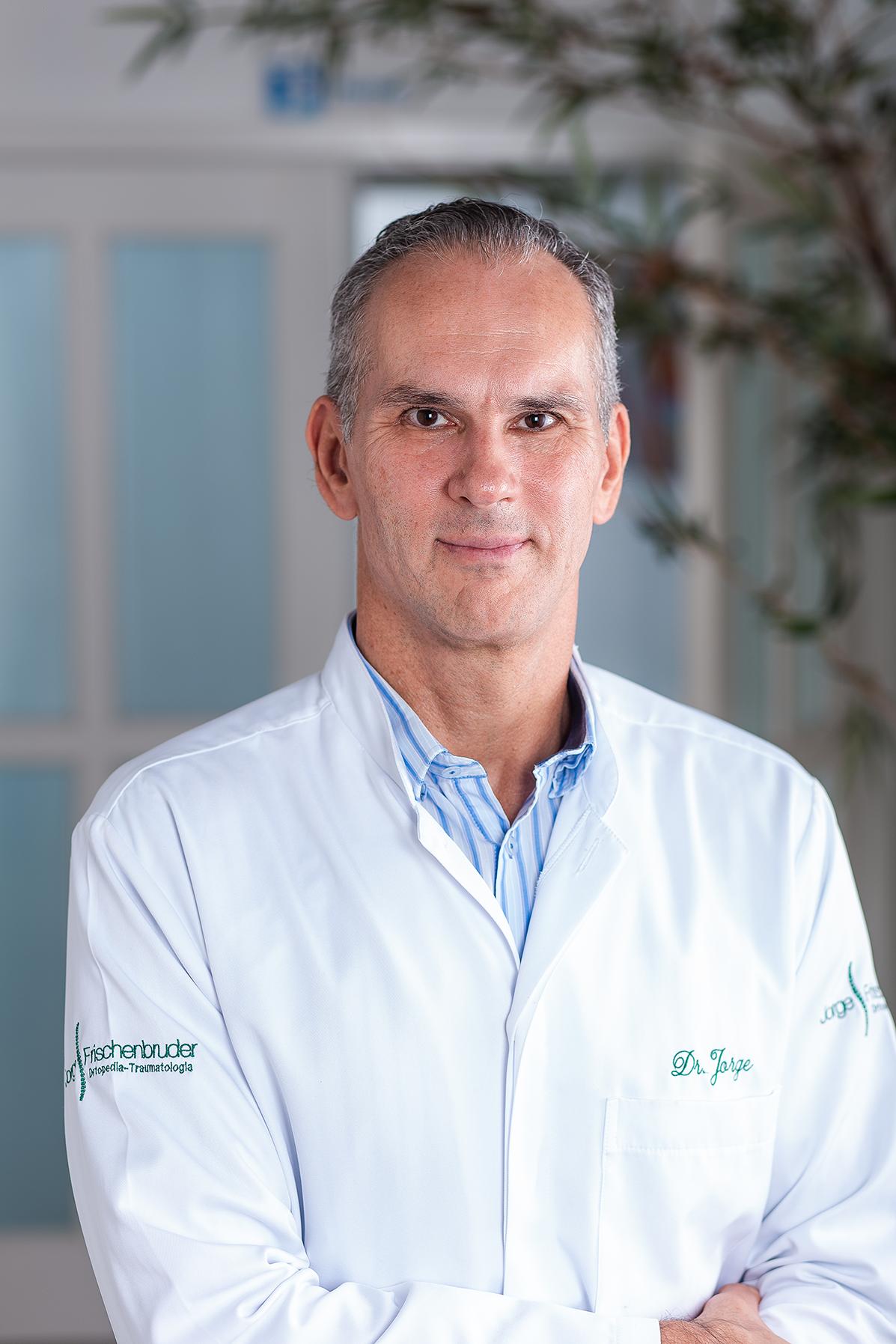 DR-Jorge-Frischenbruder
